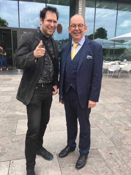 Oliver Klein mit dem Literaturkritiker Dennis Scheck